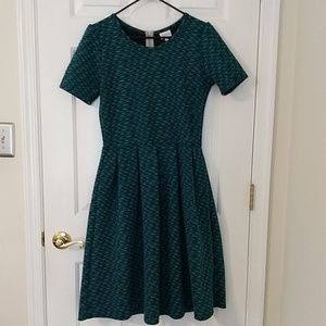 LuLaRoe Amelia dress L large teal blue zigzag